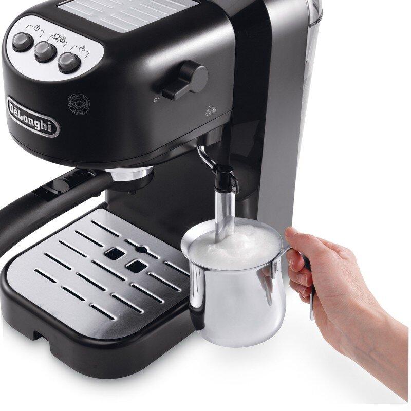 Рожковая кофеварка с капучинатором