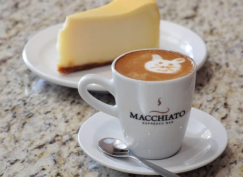 кофе эспрессо с молоком