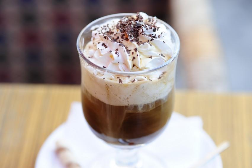 кофе амаретто со сливками