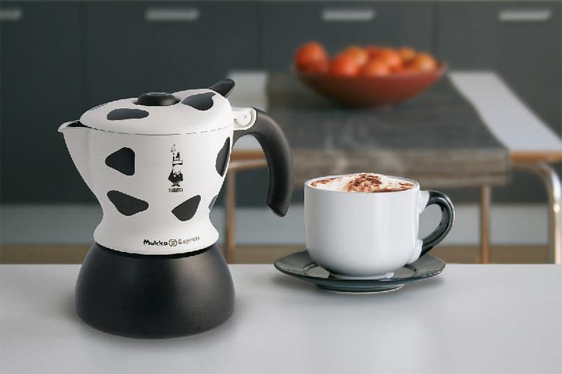 Гейзерная кофеварка с капучинатором